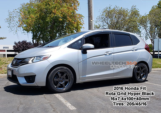 2016 Honda Fit with Rota Grid 16x7 4x10040mm Hyper Black (205/45/16 Tires