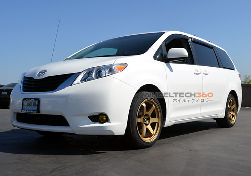 Toyota Sienna with Rota Grid Wheels 19 x 9.5